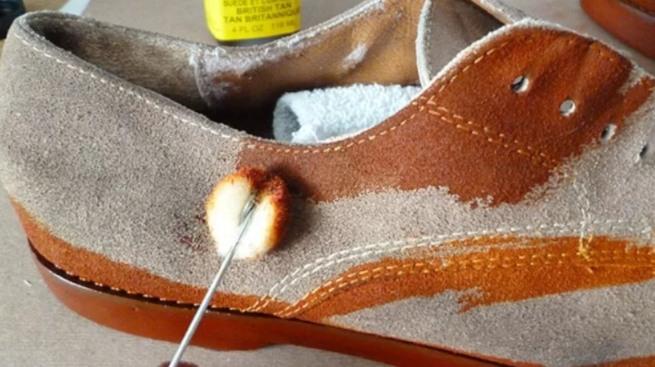Красим обувь. Что нужно знать и где купить хорошую краску для замши?